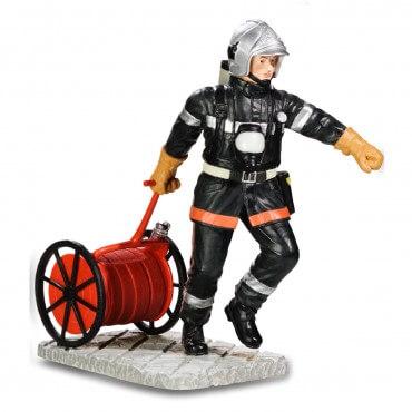 Figurine Pompier avec dévidoir
